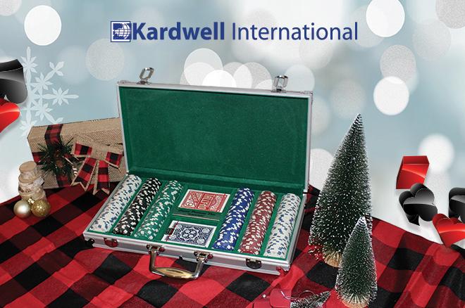 Hadiah Liburan PokerNews 2020 # 3: Kardwell.com – Set Chip Poker, Kartu Bermain, Hadiah Poker, dan Lainnya